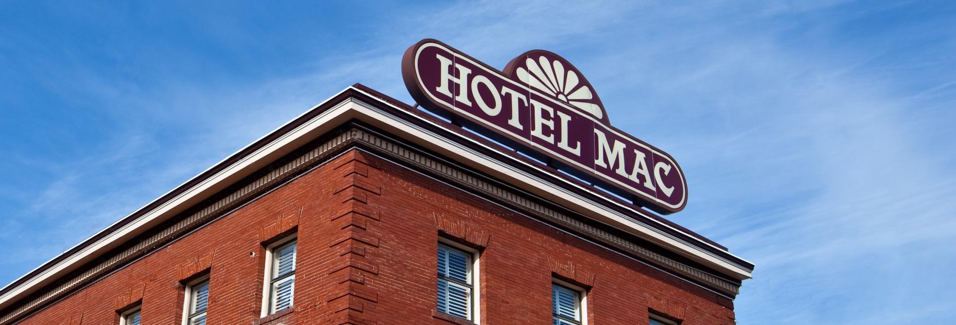 hotel-mac-blue-sky